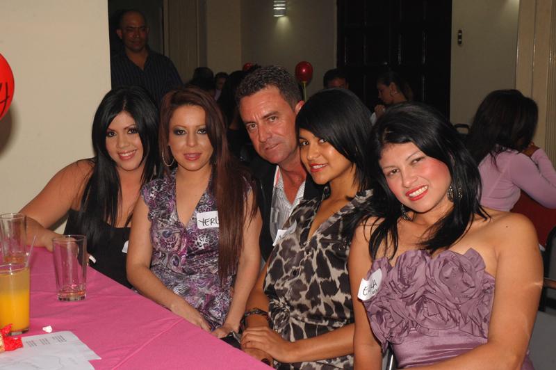 costa-rica-women