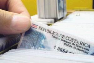 Los funcionarios del Registro Civil no tendrían tantas carreras en una eventual segunda ronda pues no votarían quienes cumplan 18 años después del 3 de febrero.