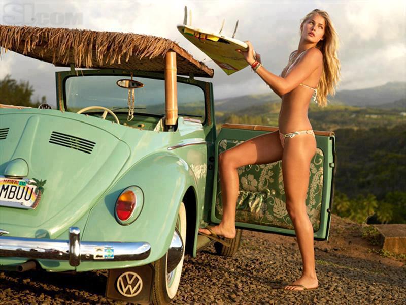 hot surf girl  2