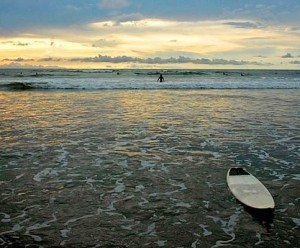 costa rica surfing lifestyle