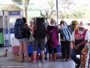 costa rica tourists