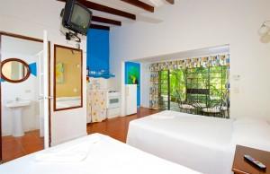 hotel mono azul manuel antonio costa rica 1