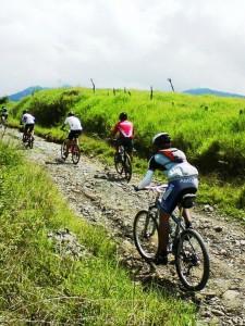 mountain biking race rincon de la vieja 1