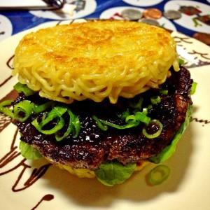 ramen noodles burger