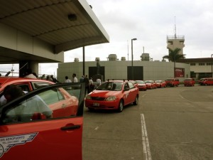 costa rica airport taxis