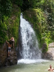 costa rica waterfall adventure