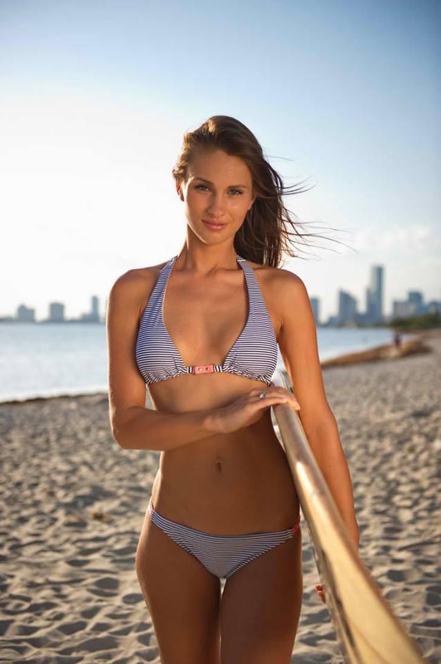 Bikini surf board