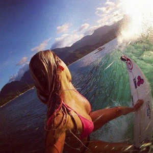 hot surfer girls in bikinis 2