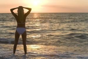 surf girls in bikinis 2