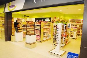 flemingo international store airport