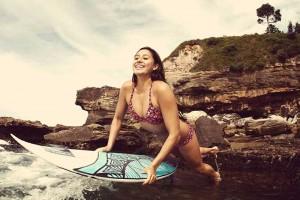 hot surf girl in bikinis 2