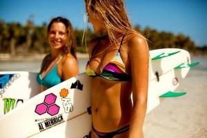 hot surf girl in bikinis 3