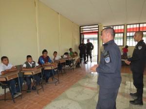 border police teachers costa rica