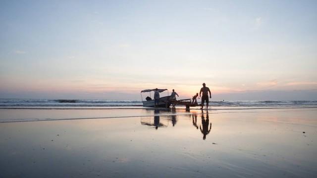 Panga at Sunset - Scott Alexander