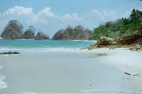 playa-blanca costa rica in punta leona