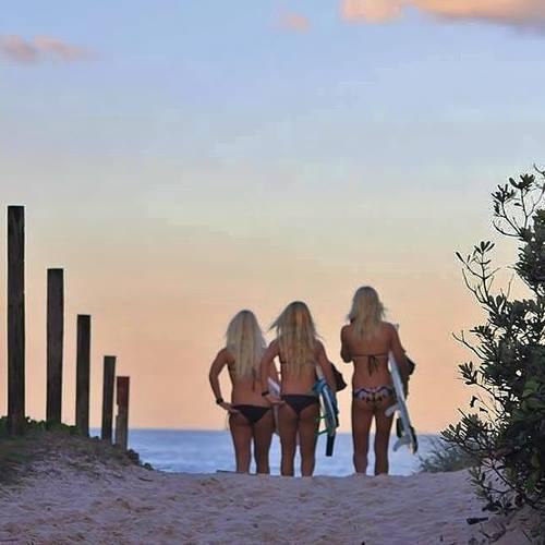 beautiful surf girls in bikinis 3