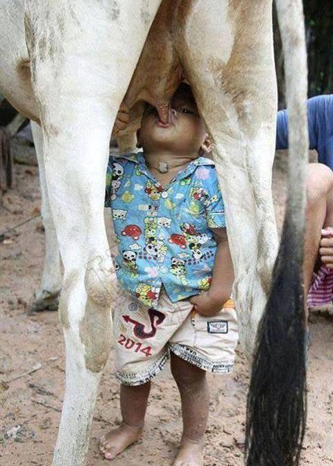 Breast Feeding Costa Rica Style
