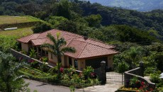 costa rica real estate market main