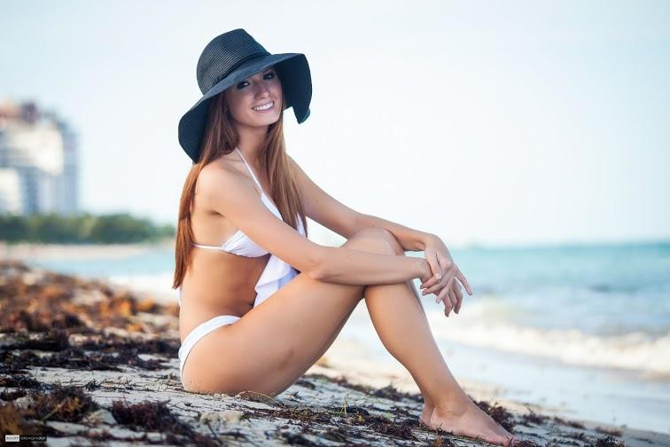 Jacquelyn Janssen (SJ Modeling) 1