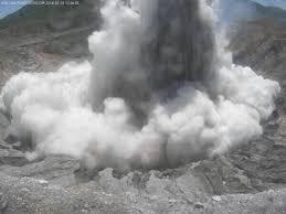 poas volcano costa rica 1