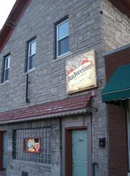 Cobblestone Road Tavern chicago haunted