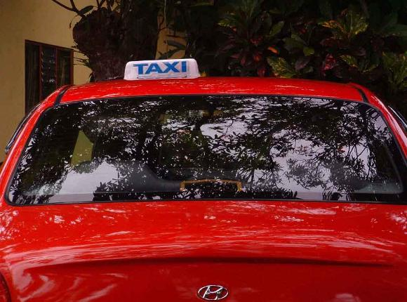 costa rica taxi transportation