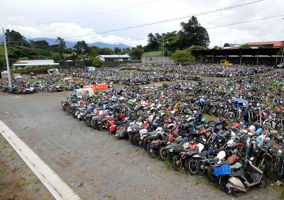 rotting used vehicles in costa rica
