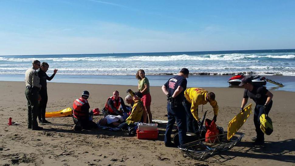 141228-shark-attack-centra-coast-california