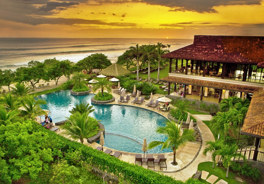 costa rica real estate boom investment 1