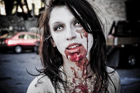 female zombie 1