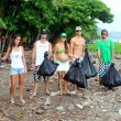 beach clean up costa rica