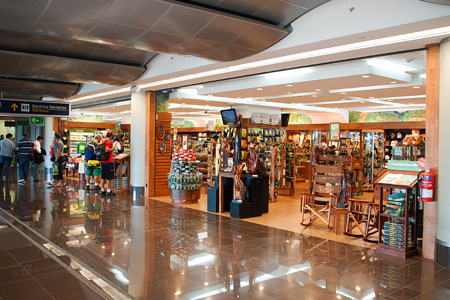 costa rica airport shops