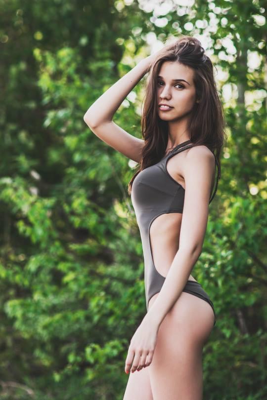 surf girl 1