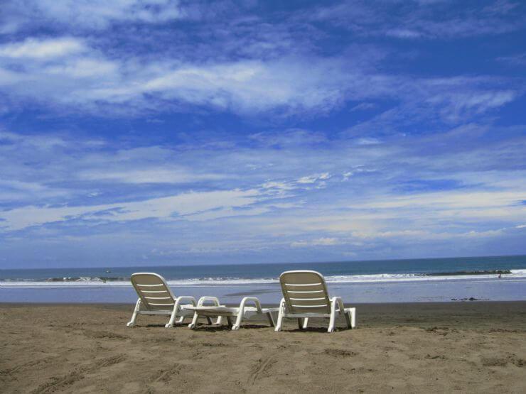 beach living costa rica