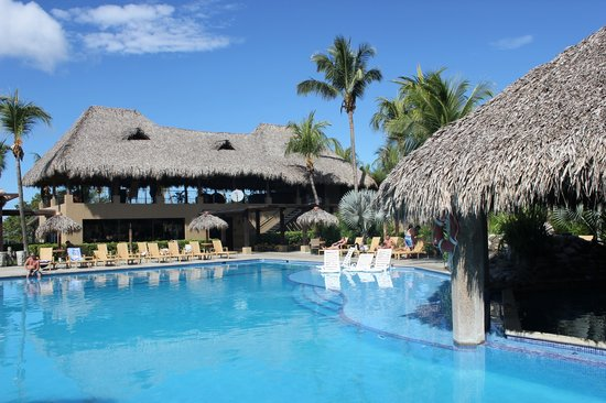 Margaritaville Holdings Driftwood Acquisitions Development Come Together In Rebranding Of Renowned Costa Rica Resorts