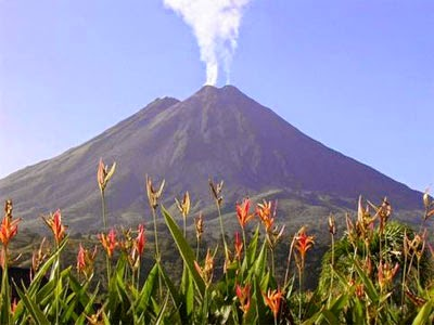 Rincón de la Vieja Volcano costa rica 1