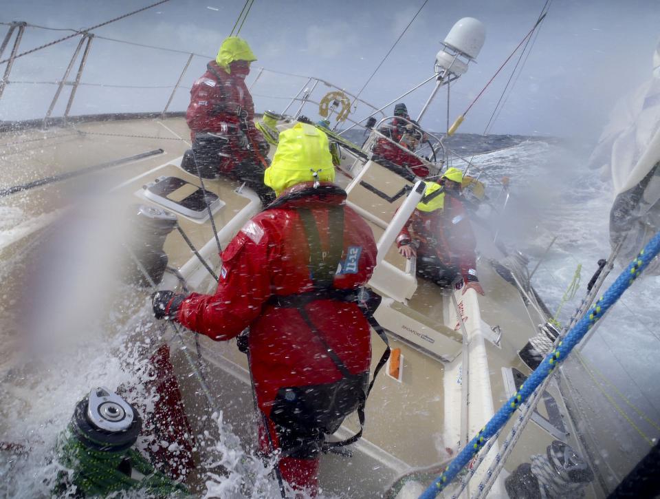 clipper around the world yacht race 1