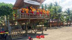 costa-rica-beaches-lifeguards-travel