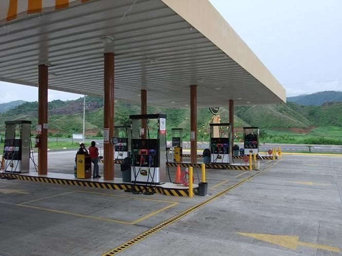 costa rica gas station 1