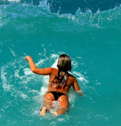 costa-rica-surfer-girl