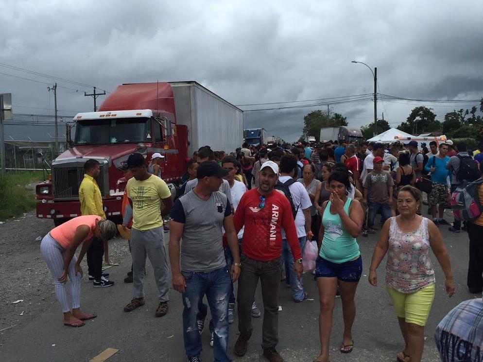 cubans passing through cost rica main