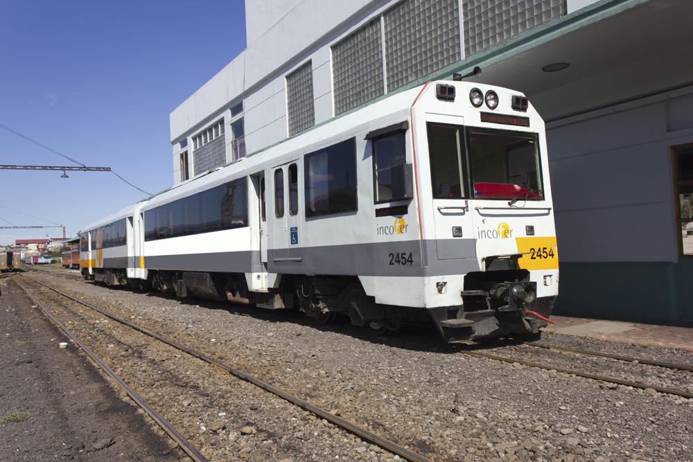 electrical train costa rica