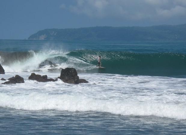 pavones costa rica surfing 1