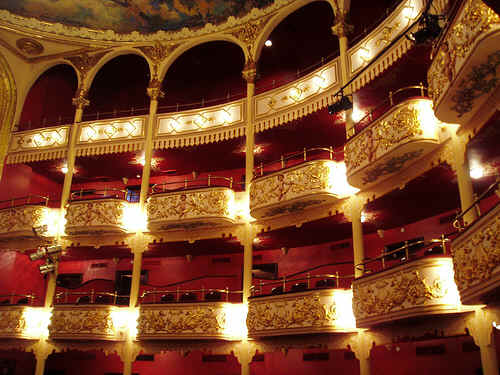 robe-lighting-teatro-nacional-costa-rica-1