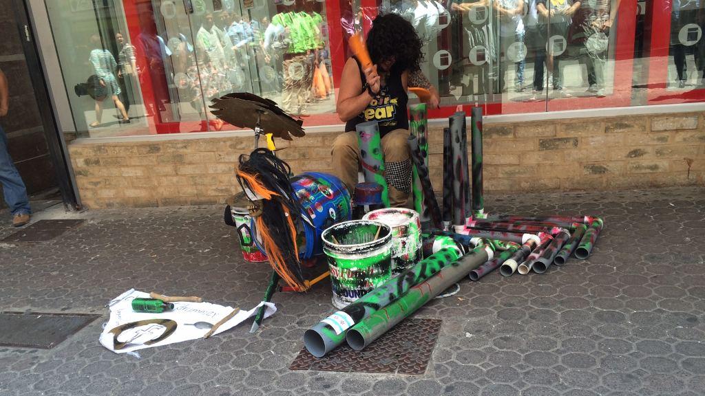 street musician costa rica