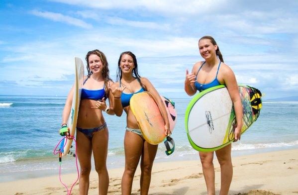 surf girls in bikinis 1