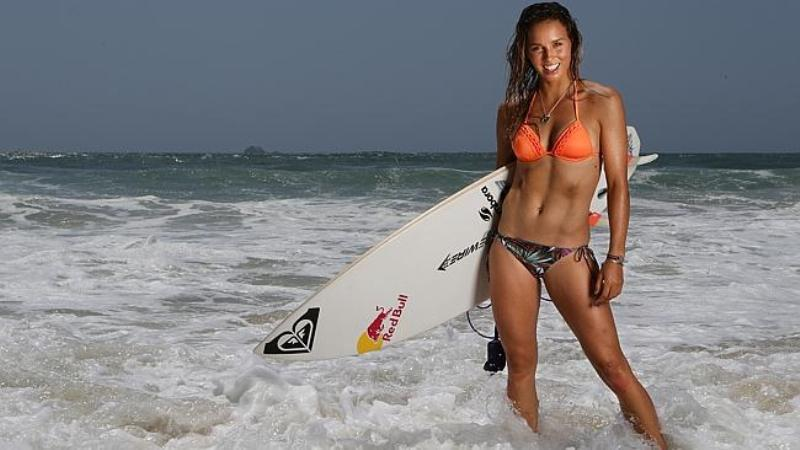 surf girls in bikinis 4