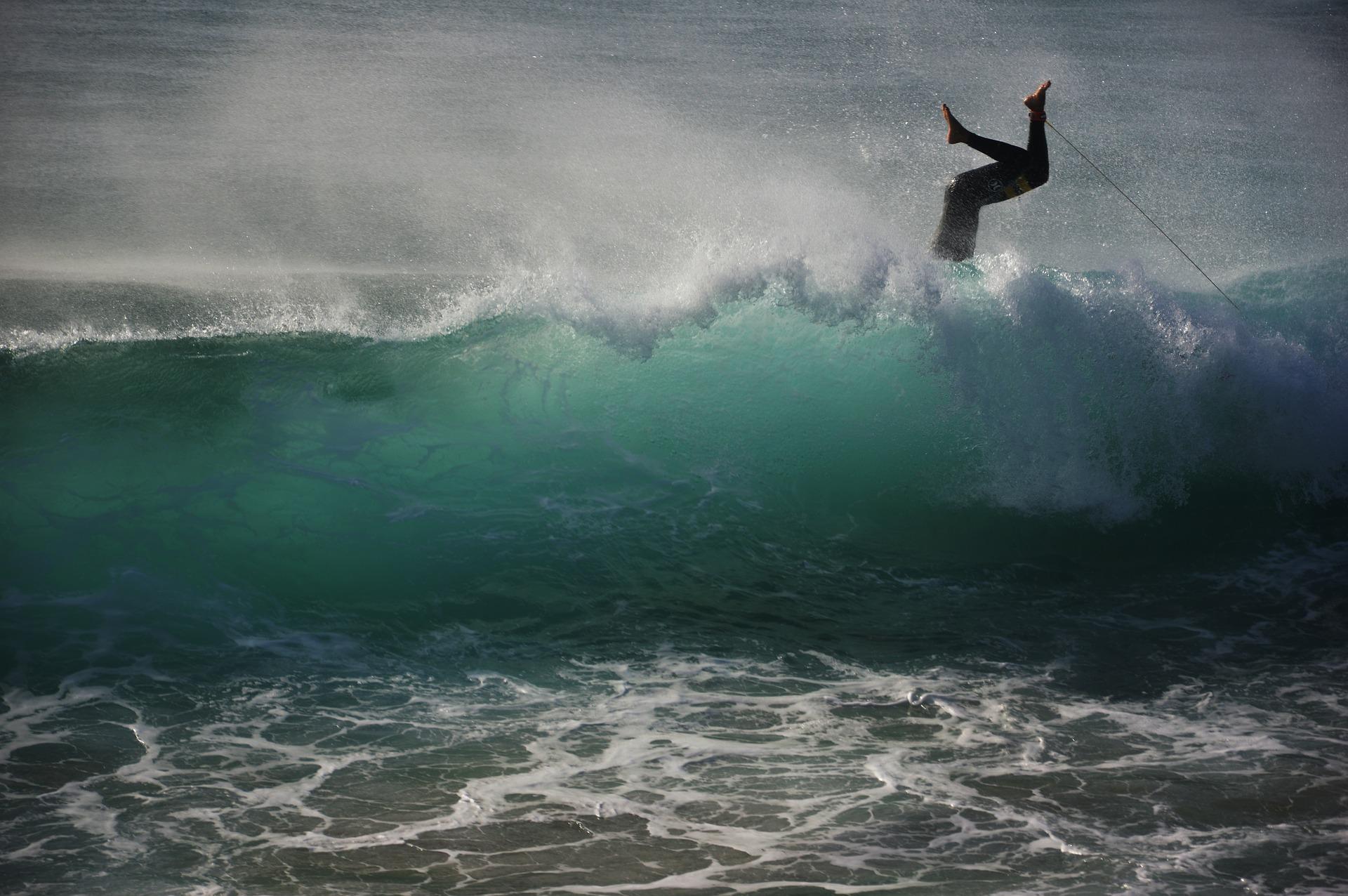surfer-1655941_1920