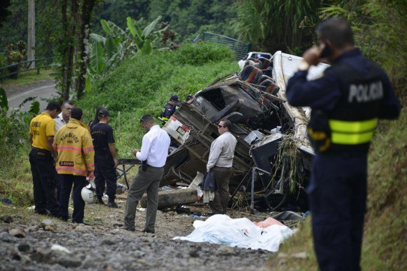tourist-bus-crash-costa-rica