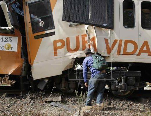 train crash costa rica